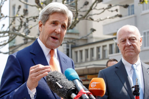U.S. Secretary of State John Kerry, left, and the UN Special Envoy for Syria Staffan de Mistura, right, speak to the media during a press briefing after their meeting in Geneva, May 2, 2016. (AP/Salvatore Di Nolfi)