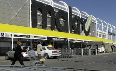 Makro wholesale outlet in Johannesburg, South Africa on Tuesday May 31, 2011, is part of the Massmart chain. South African regulators say they will announce Tuesday whether Wal-Mart's 17 billion rand (US$2.4 billion) bid to buy a controlling share of South African chain Massmart can go through. (Photo AP/Themba Hadebe)