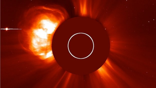 Eruption associated with May 13, 2013 flare. (BBC -Soho satellite)
